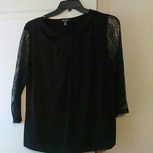 Cute Nine West black lace top